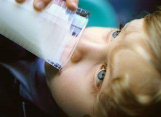 La leche ya no es recomendada ni requerida por los médicos