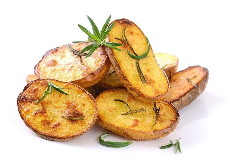 Patatas asadas alimentos más hierro que carne vegetales hierro