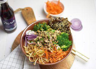 Bibimbap vegano con tofu