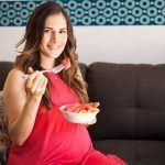 Quiero quedarme embarazada, ¿debería abandonar mi dieta vegana? embarazo veganismo embarazada vegana
