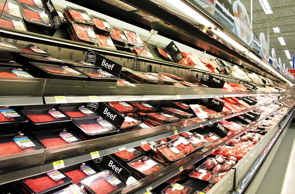 Negacionismo sanitario y lobby cárnico: el cóctel que explica por qué los médicos siguen cuestionando las dietas veganas