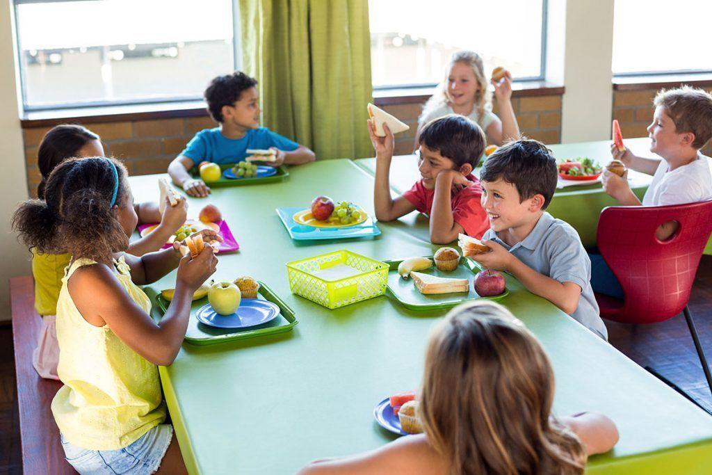 Menús veganos en escuelas, hospitales y cárceles