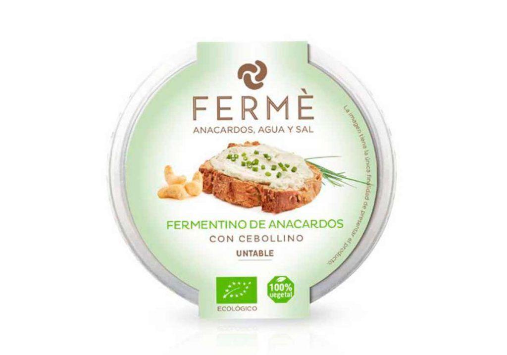 Fermentino de anacardos con cebollino untable, de Fermé