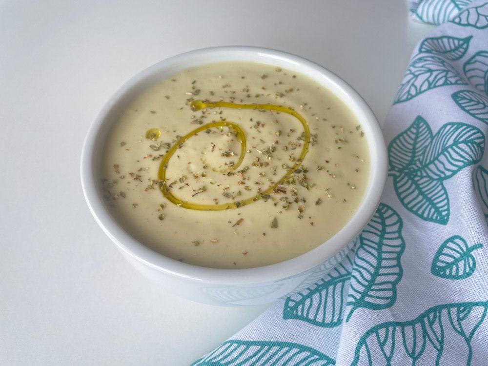 Receta: 3 sopas frías para disfrutar de la cuchara en primavera
