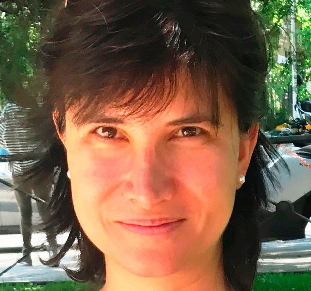 Laura Zamora Veggunn
