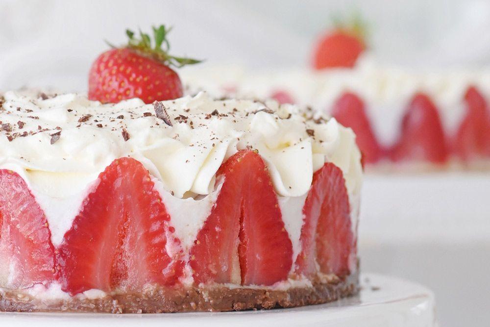Receta: tarta de fresa y coco vegana
